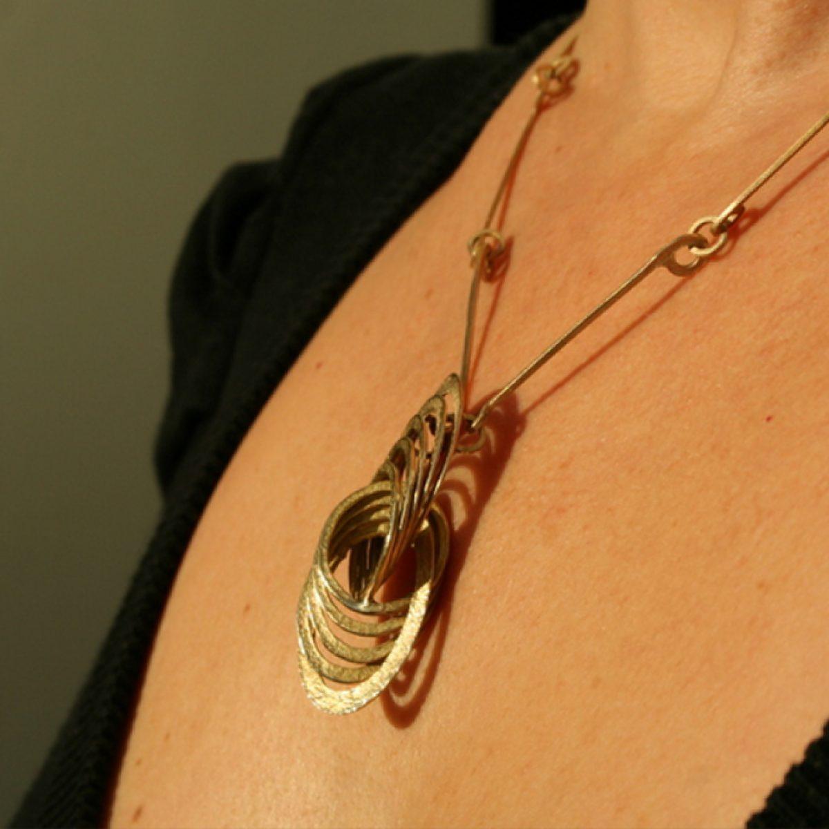 Halsjuwelen